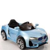 مصنع عبر إنترنت يعاد لعبة سيارة لأنّ أطفال عمليّة ركوب