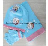 Таможня продукции фабрики Китая вышила розовым акриловым связанным установленным перчаткам шарфа Beanie Snowboard зимы