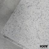 Белый лед акриловый твердой поверхности на кухонном столе столешницы