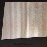 台所用品材料201銀製第4はPVCフィルムが付いているステンレス鋼シートにブラシをかけた