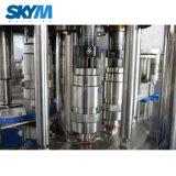 O enchimento do reservatório de água líquida máquina de engarrafamento / Linha de Produção de Enchimento de garrafas de plástico