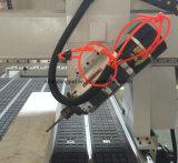 、刻む4axis木製CNCのルーター機械1300*2500mmを切る切り分けること