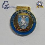 Medalla barata directa de la fábrica con el final de plata