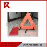 Triangle d'avertissement se reflétante de sécurité routière