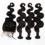 100%のブラジル人のバージンの人間の毛髪ボディ波は4X4レースの閉鎖と3束の人間の毛髪編む