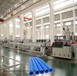 Tubulação da bainha de cabo do PVC que faz a máquina