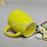 Taza de cerámica esmaltada amarilla limón 200ml del café express del diseño respetuoso del medio ambiente