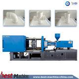 O PVC conduz a máquina moldando plástica