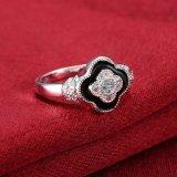 Het Zilver van de Klaver van vier Blad plateerde de Kubieke Kunstmatige Juwelen van de Ring Zircon