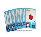 語学習得の教育カードの同じ高さにゲームカードかEducationalards