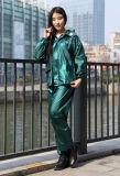 Водоустойчивый пластичный плащ пальто дождя Polyester/PVC/EVA