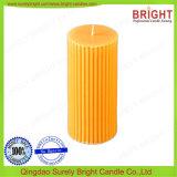 Pfosten-Kerze mit Feder-Effekt-Kerze