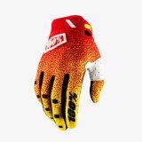 L'attrezzo protettivo di motocross del guanto dell'arancio 100% MTB mette in mostra i guanti