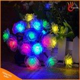50のLEDローズの花装飾的な太陽動力を与えられた屋外ストリングライト