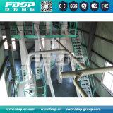 Cadena de producción de la alimentación de pollo con el sistema de dosificación automático