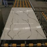 Haut de la vanité de dalles de quartz Calacatta recomposée