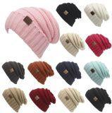 Protezioni calde del cappello del Beanie lavorate a maglia lane unisex calde di colore della pianura di vendita