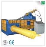 Eisen-Schrott-Ballenpresse, die Maschine aufbereitet
