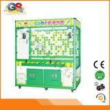Muntstuk van het Vermaak van de staaf stelde het Binnen de Symbolische Verkopende Machine van de Arcade van de Klauw van het Stuk speelgoed van Doll Kleine in werking