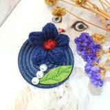 De marineblauwe Broches van het Red Woolen Yarn Flower Blad van de Parel van Jean Groene