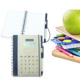 8 het Notitieboekje van de Calculator van cijfers met Ballpen
