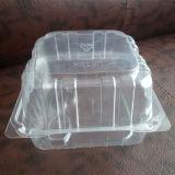Spork/使い捨て可能なプラスチックの箱が付いているケーキのための熱い販売のゆとりのペットフードの等級の使い捨て可能なプラスティック容器
