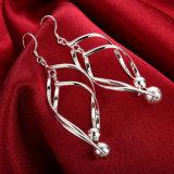 Zilveren Kromme Acht de Oorring van de Vorm met het Creatieve Ontwerp van Twee Parels de Meeste juwelen van de Manier