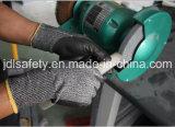 Hppe a tricoté le gant de sûreté avec le plongement de nitriles de mousse (ND8047)