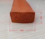 Cerrado de silicona resistente al calor de la junta de esponja