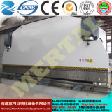 CNC контролирует гнуть плиты стальной плиты Wc67y гибочной машины