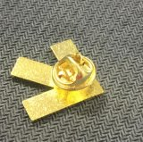 Flecha amarilla Pin de solapa de metal para Collar de tela (xd-080)