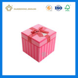 Rectángulo de papel de tarjeta del día de San Valentín del regalo rosado encantador del día con la tapa