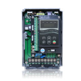 SAJ PIDの制御システムが付いているスマートなポンプ駆動機構3段階380Vの出力2.2KW
