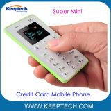 Mini al por mayor forma de tarjeta de crédito teléfono móvil GSM de teléfono de bolsillo M5 para los estudiantes y los niños