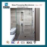 Portelli di vetro dell'acquazzone di Framless e perfino in alcuni hotel di qualità superiore, un portello di entrata della stanza da bagno in vetro