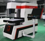 O sistema do laser do CO2 grava e corta no couro artificial