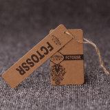 Yilong Fabrik-Form-Art fertigen Kleidungs-Verpackunghangtag-Kennsatz kundenspezifisch an
