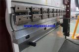 El calibrador de la parte posterior del manual sincroniza la máquina del doblador