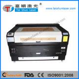 Máquina de gravura do laser do CO2 com o giratório para os cilindros