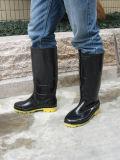 Qualität Kurbelgehäuse-Belüftung Wellington lädt Gummi-Aufladungs-Regen-Schuhe in Guangzhou auf
