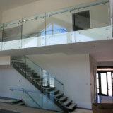 台地の柵デザインステンレス鋼のガラス手すりの緩和されたガラスの柵の手すりの製造業者