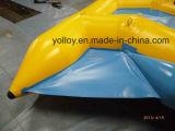 Tubo gonfiabile dei pesci di volo della tela incatramata del PVC/giochi gonfiabili dell'acqua che pilotano la barca di banana per il mare