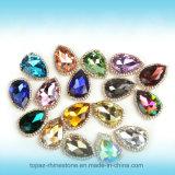 De kleurrijke Peer zette Buitensporige Klauw Chaton op naait op Bergkristal (sW-Daling 13*18)
