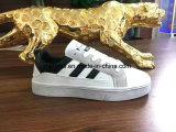 Новые ботинки тапки с самым лучшим качеством обувают идущие ботинки