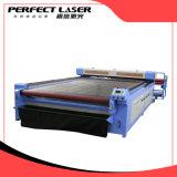 Führende Gewebe-Stich-Ausschnitt-Selbstmaschine des Systems-Laser für Kleid