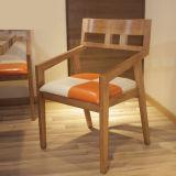 Ultimo legno solido moderno che pranza presidenza per mobilia domestica (CH636)