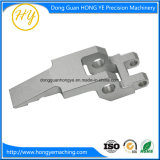 平らなアクセサリの部分のための中国の工場CNCの精密機械化の部品