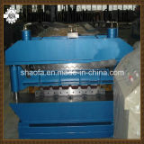 PLCは機械を形作る金属によって波形を付けられる屋根シートロールを制御する