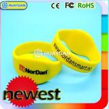 Sur la vente Classique Mifare 1K de bande de remise en forme de la RFID en silicone