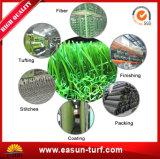 Césped sintetizado de la hierba artificial suave para el patio al aire libre